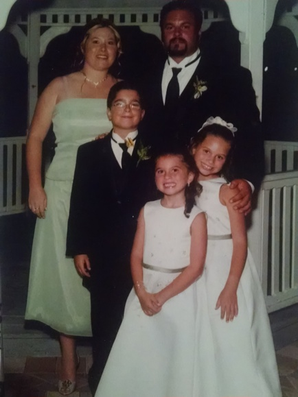 Family pic from 2005. Oh so fancy!